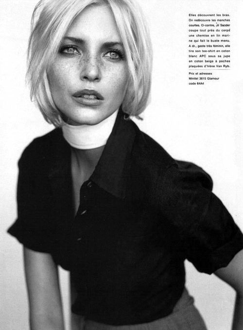 6_carine_roitfeld_neo_moderne_french_glamour_1994_nadja_auermann_mario_testino